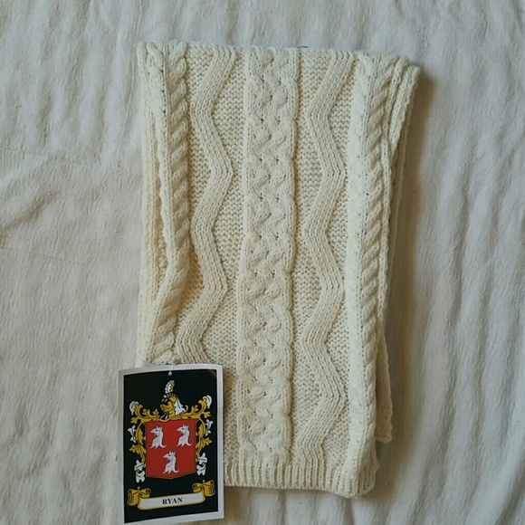 dcb4655ed555 Aran Sweater Market Accessories